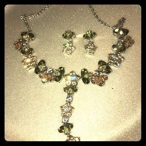 Jewelry - Flower Necklace w Jewels & Earrings